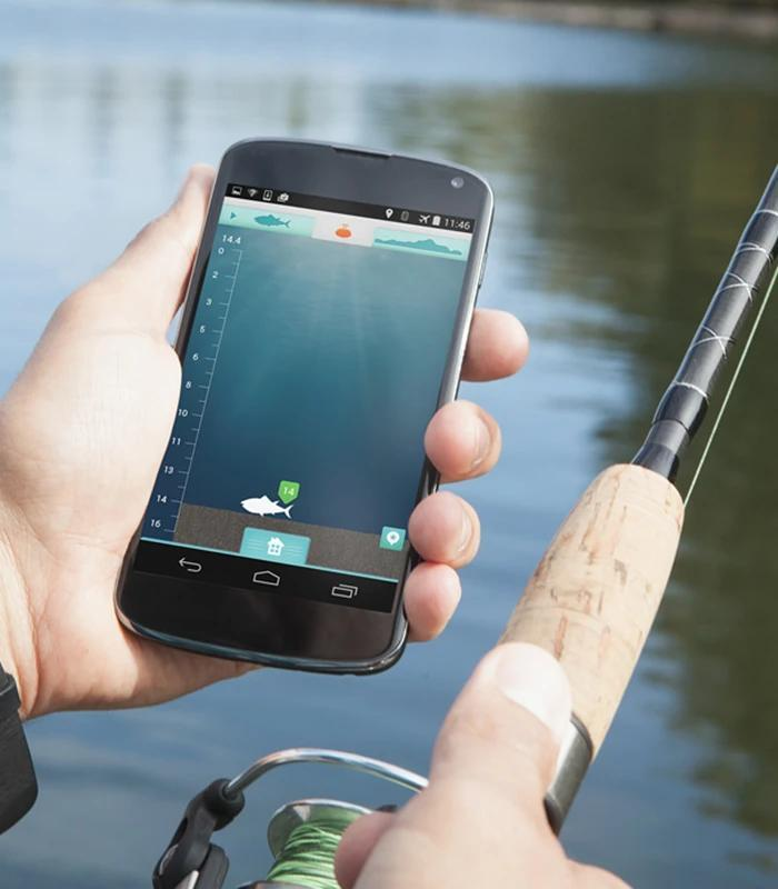iBobber technology syncs with an angler's smart device.